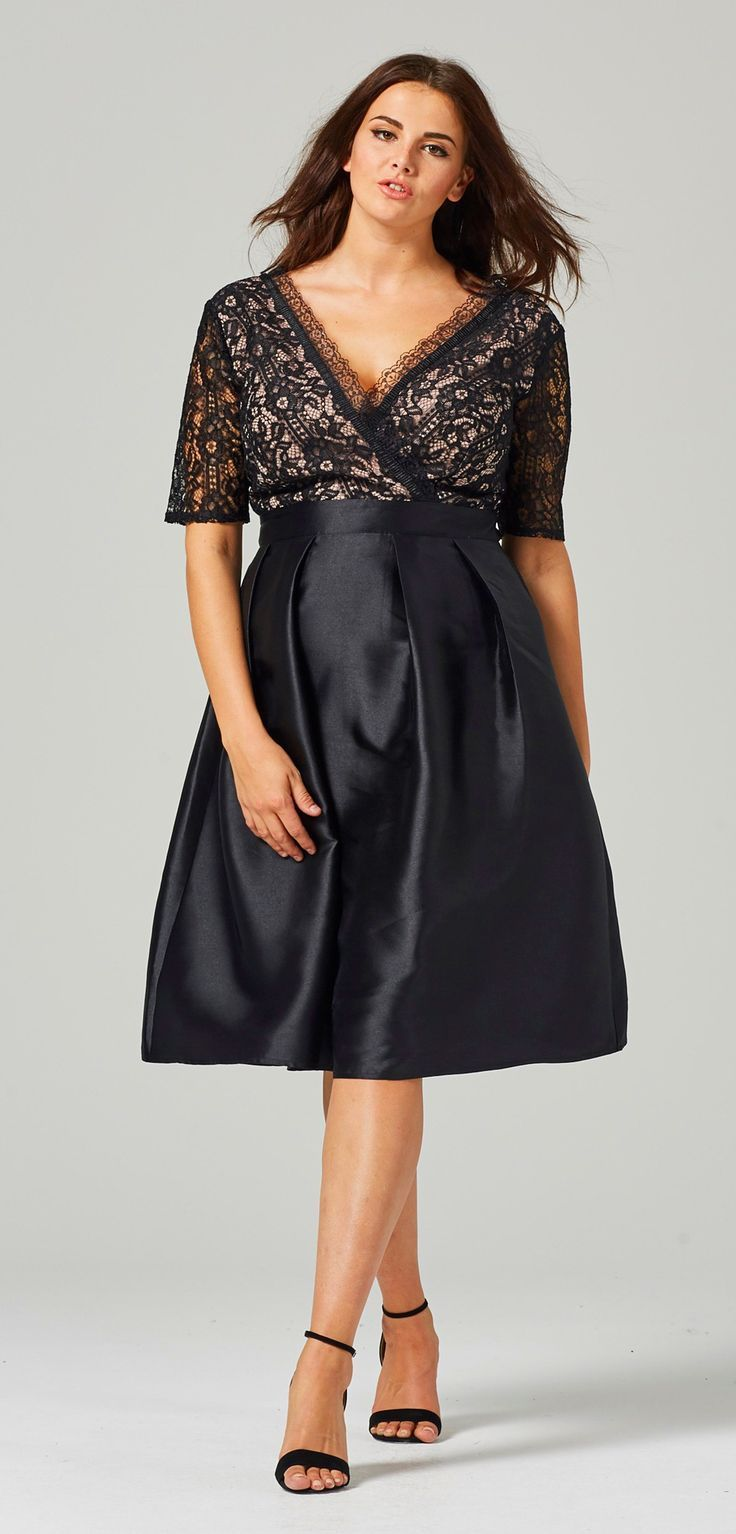 Evening Dresses for Women Over 45