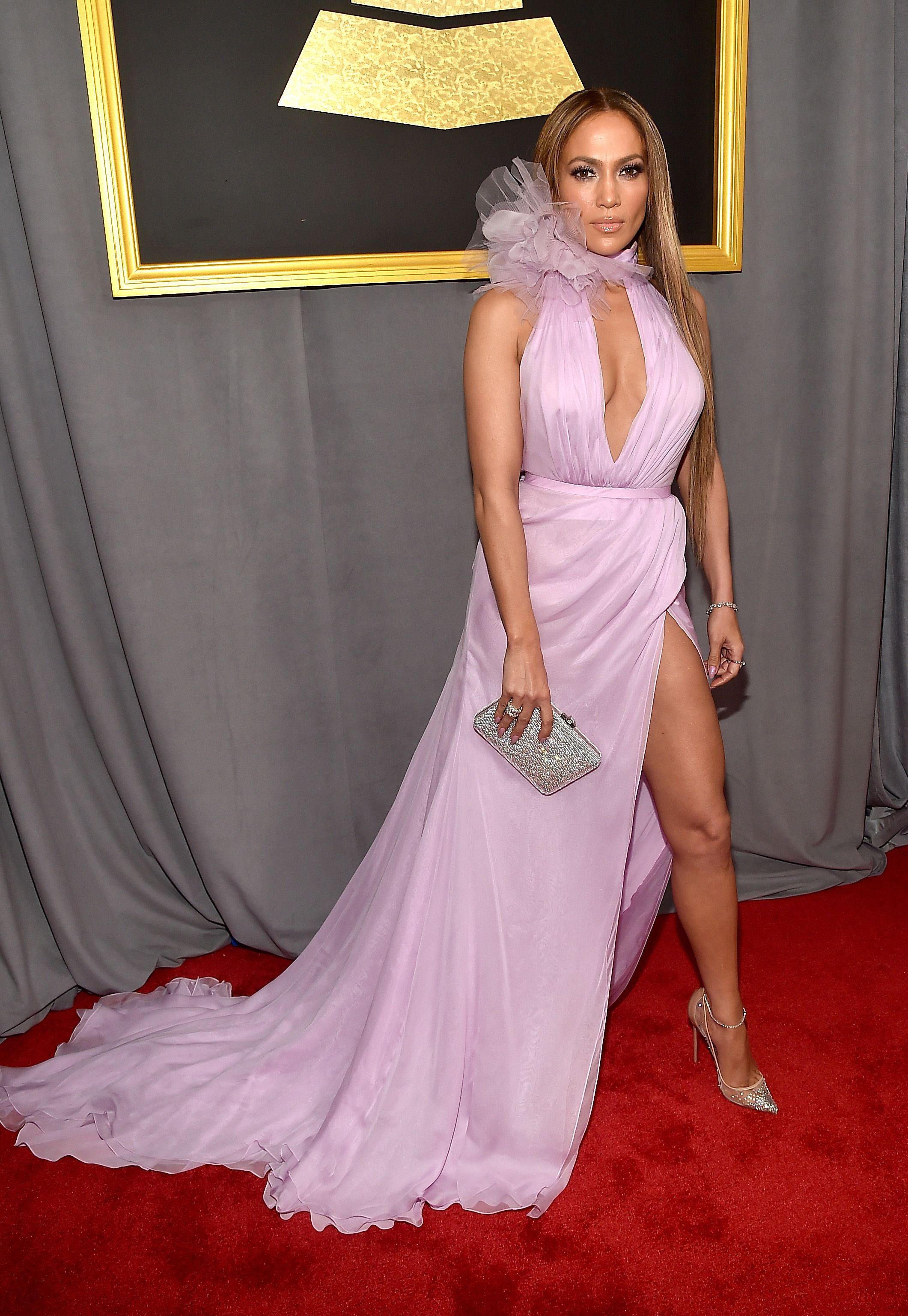 Grammy 2017: os looks das estrelas no red carpet da música - Vogue | Red carpet