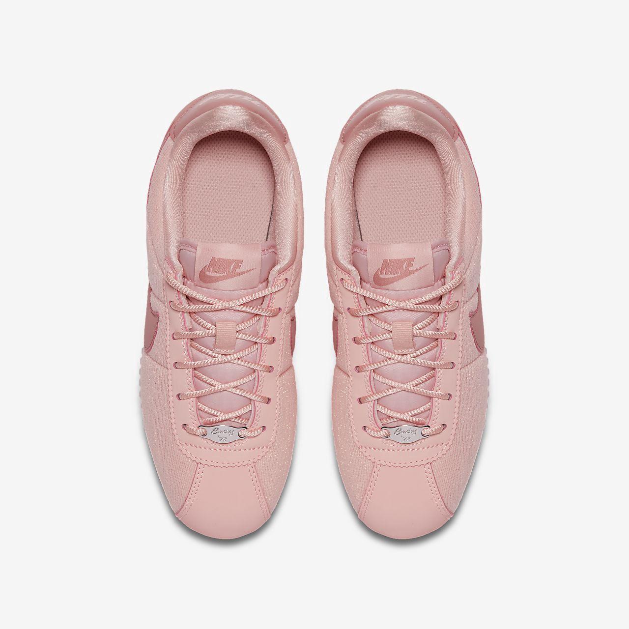 Nike Cortez Basic Text Se Big Kids  Shoe - 6.5Y  ef6de56ec