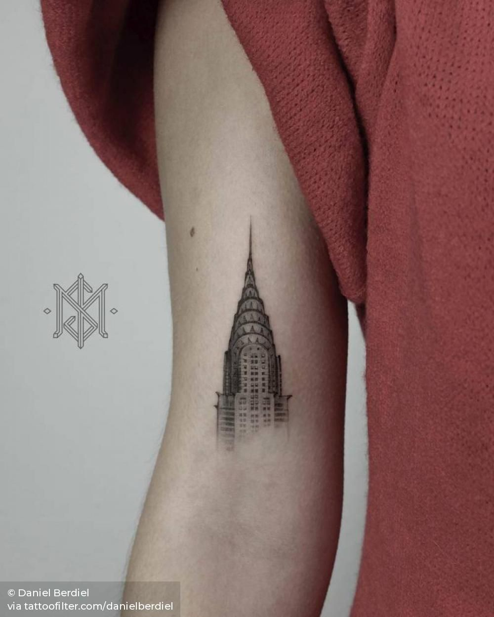 Chrysler Building Tattoo On The Bicep With Images Building