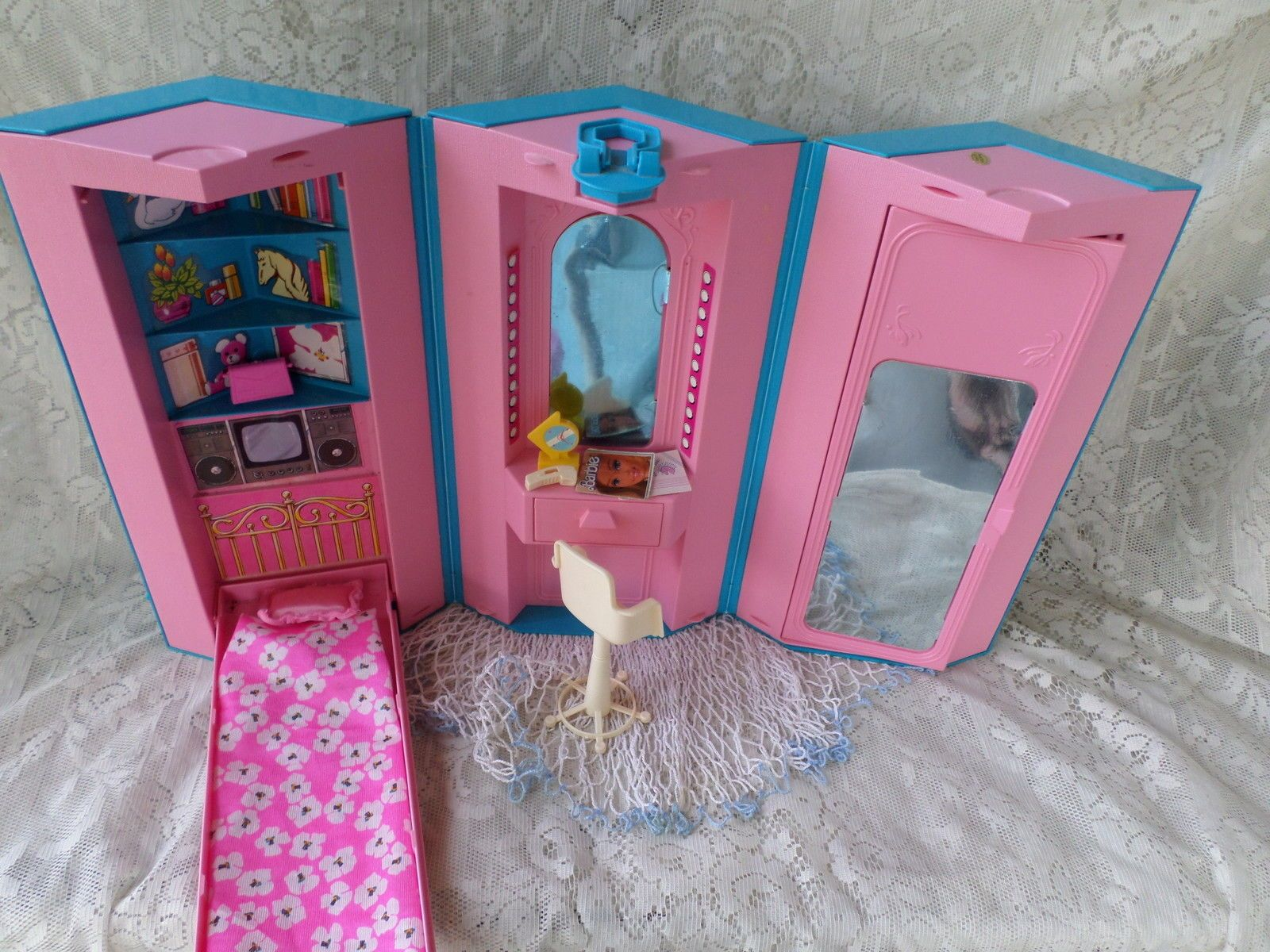 Barbie Home And Office Playset Case 1984 I Bought This Set On E
