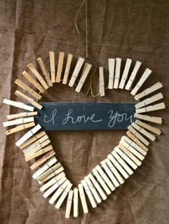 clothespin crafts:  Rustic Crafts & Chic Decor