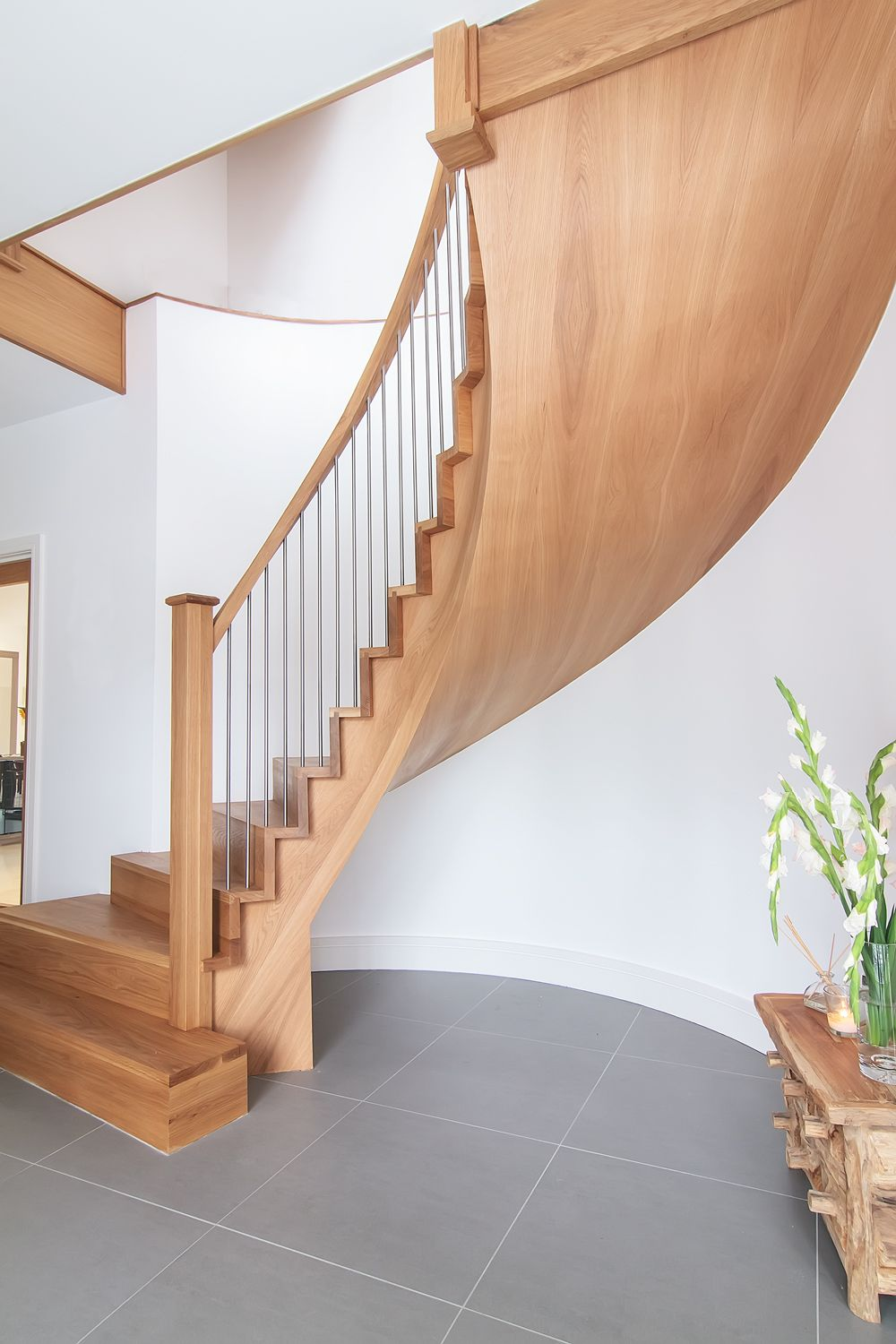 Www.stockwell Ltd.co.uk Cut Stringer Curved Stair And Straight