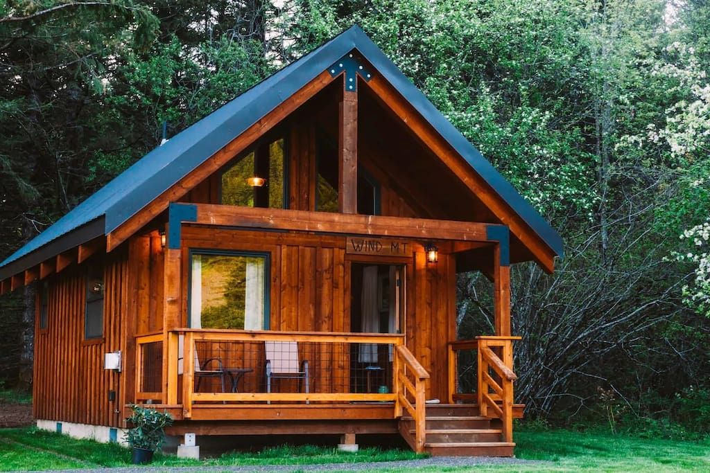 Entire Home Apt In Stevenson United States Custom Built Cabins Nestled Along The Western Foothills Of Wind Mou In 2020 Custom Built Cabins Cabin Columbia River Gorge