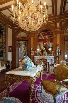 ♜ Shabby Castle Chic ♜ rich and gorgeous home decor - Le Château des Mots