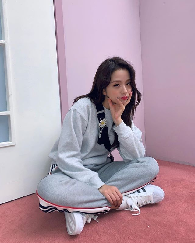 Blackpink Jisoo Released Her First Pictorial As A Dior Beauty Local Ambassador
