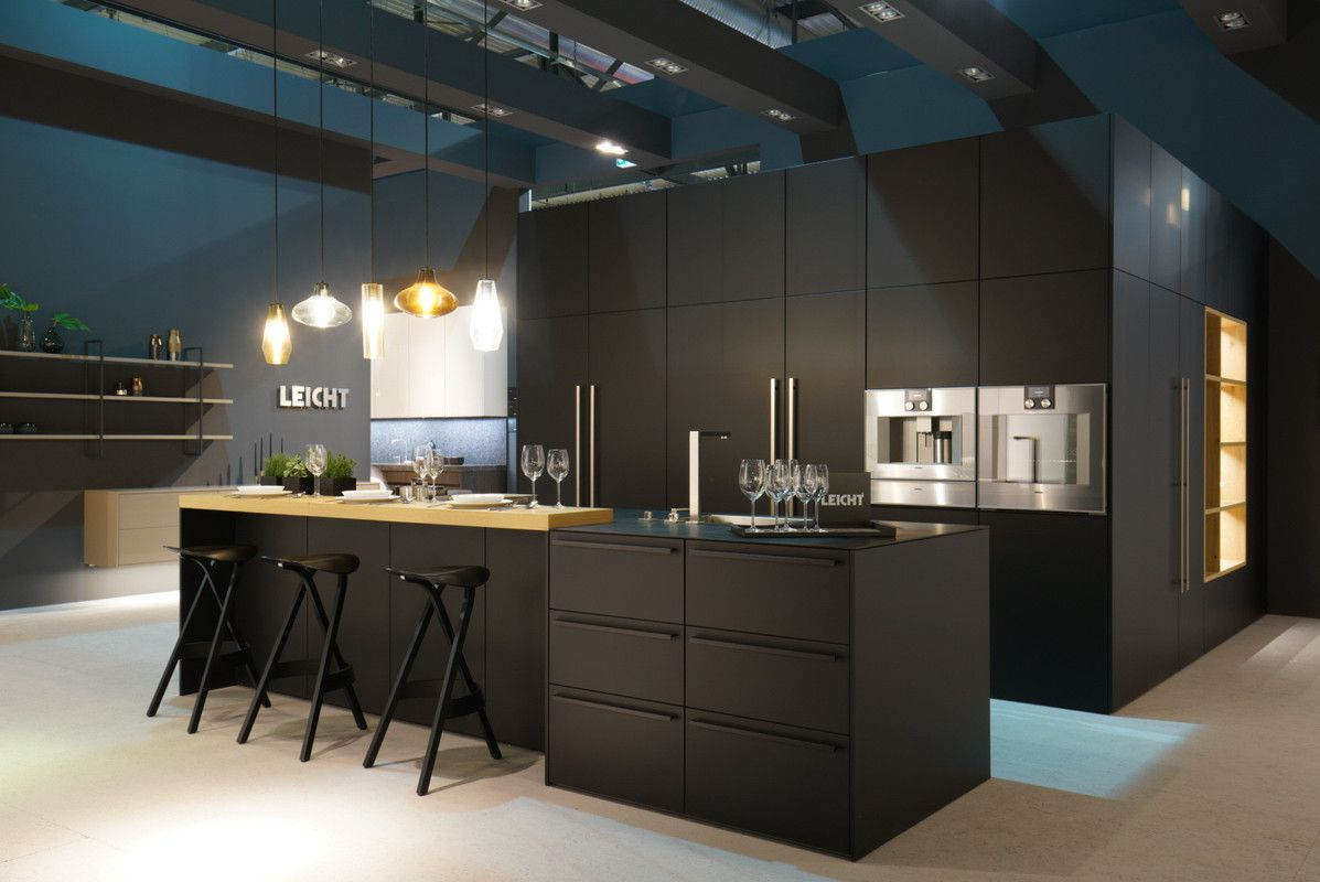 Best Eurocucina › Fairs › News › Kitchen Leicht – Modern 400 x 300