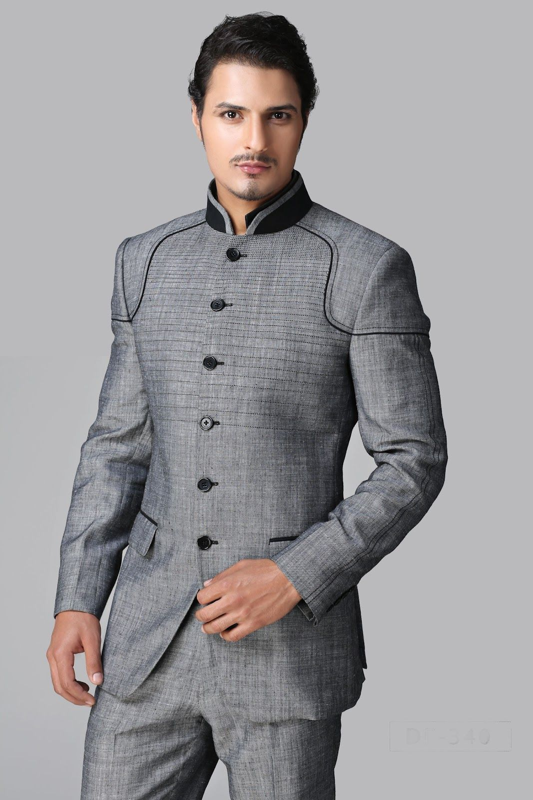 Stylish Designer Suits for Groom. #Designersuits www.manawat.in ...