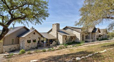 Reviews For Gutter Magician Custom Homes Hill Country Homes Country House Design