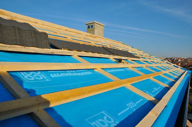 (Gort, Cahir, Oranmore Branches Only)    Monarperm 400 Breather Membrane  50m x 1.5m x 90 G/MU  ...  Price Per Unit       ROI - €50.00 Exc VAT / €61.50 Inc VAT    For more info Visit:  http://www.jpcorry.com/price-hammer