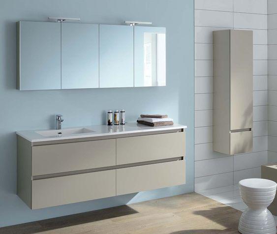 Cette salle de bain aux tons neutres a tout d\'une salle de bain zen ...