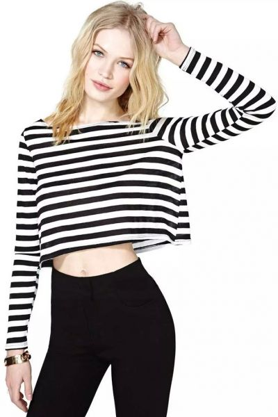 40b5af1b4422 Super  Black  White  Striped Crop  Tee - OASAP.com ☆ FREE SHIPPING + 70%  OFF for Thanksgiving Day!