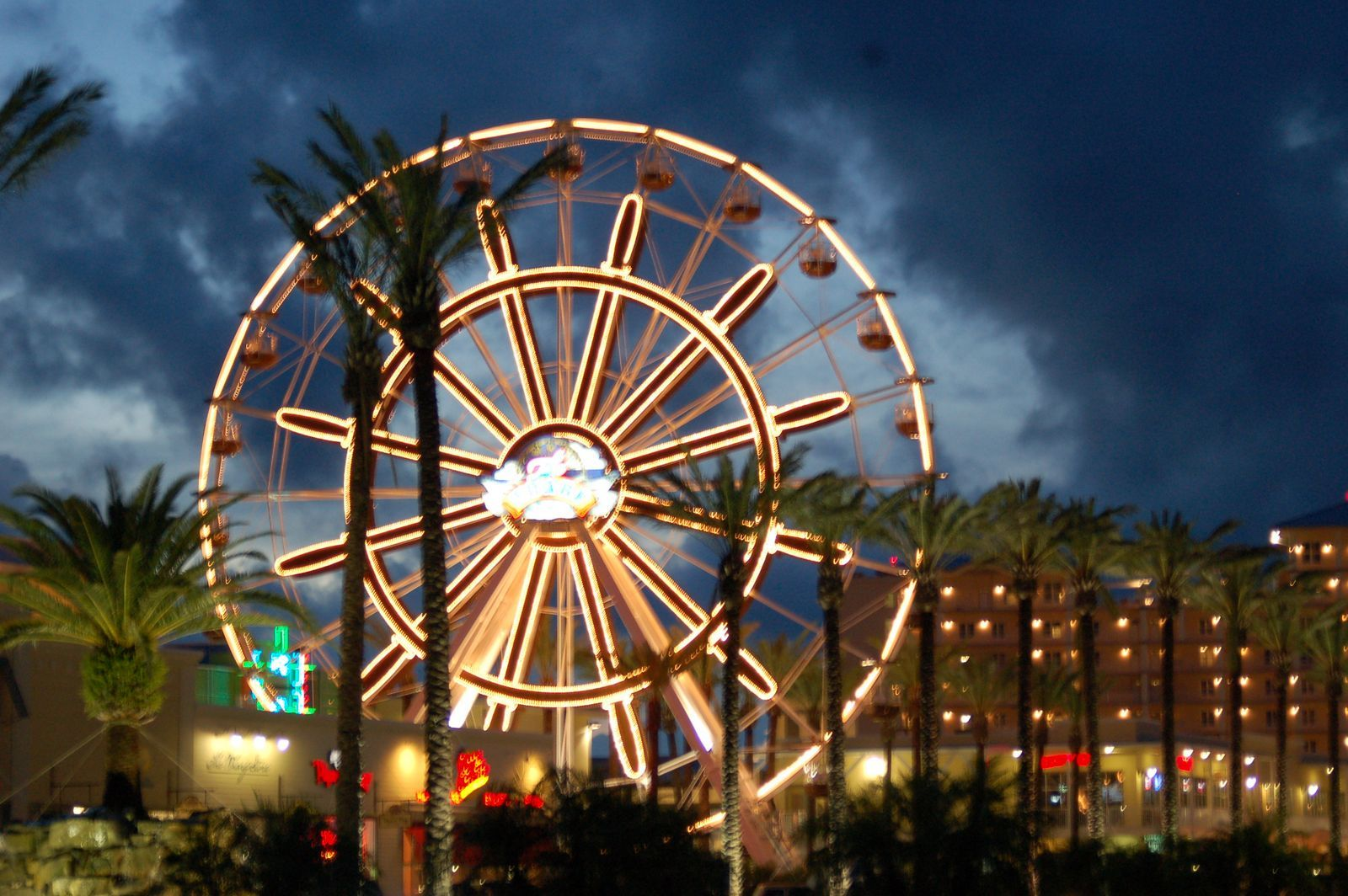 Love This Ferris Wheel Lt 3 The Wharf Orange Beach