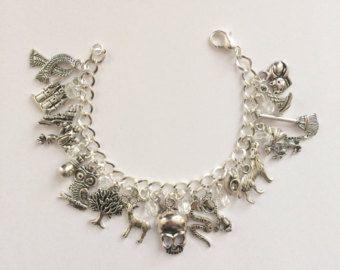 Teen Wolf inspirado encanto pulsera pulsera por beckyslittleshop
