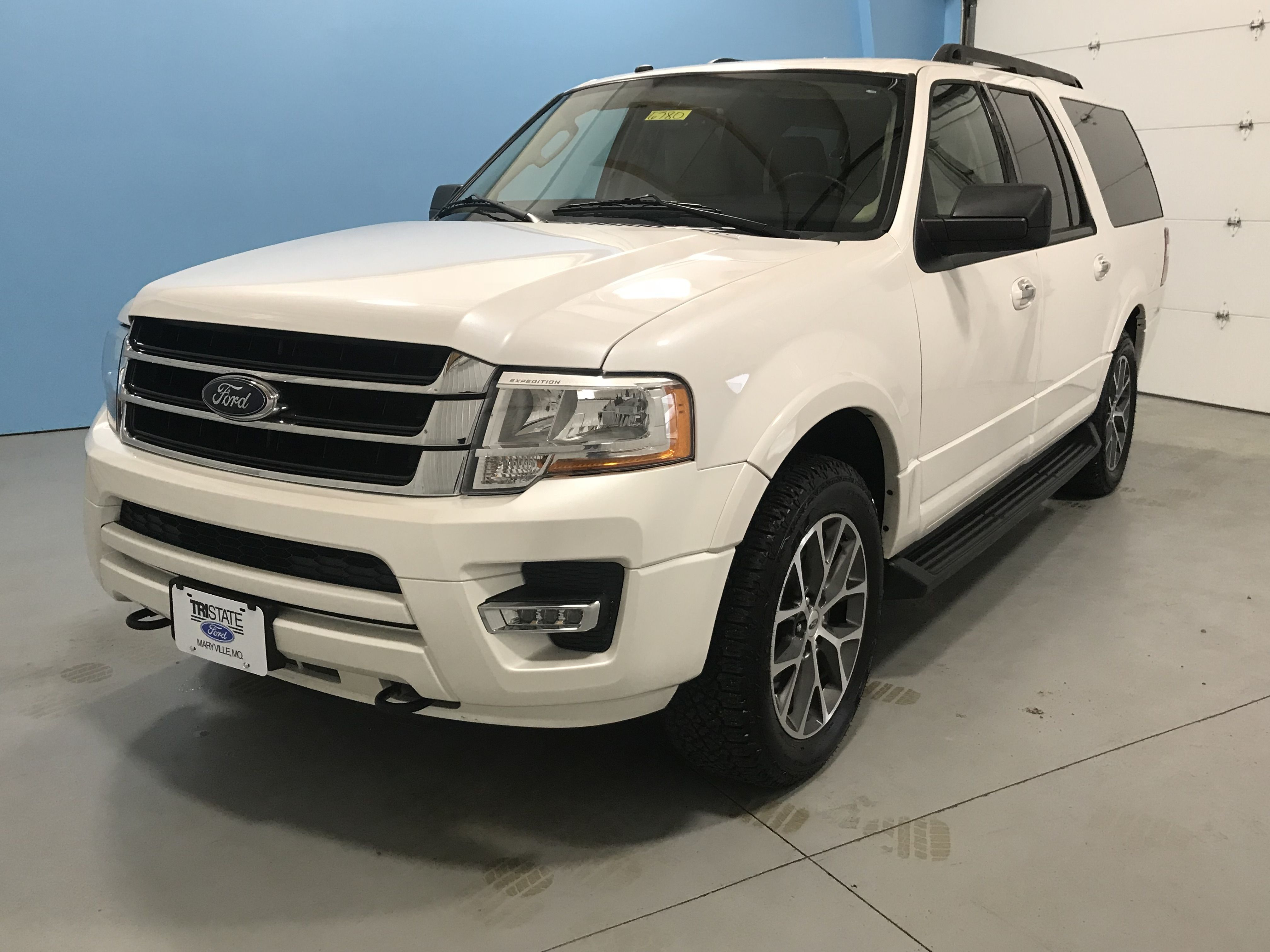 This 2017 Ford Expedition El Xlt Leather Interior Rearview Camera