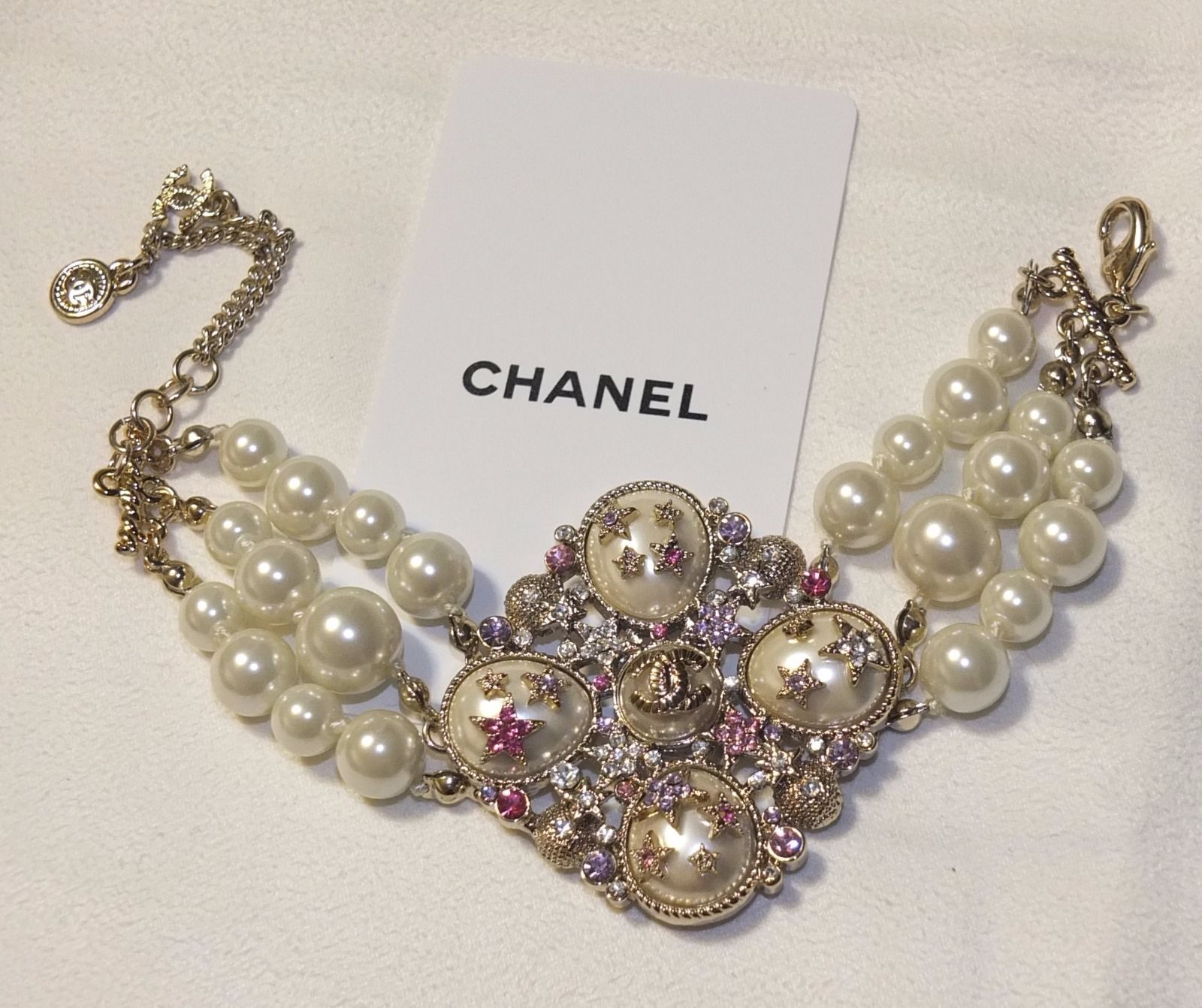 NEW Chanel CC Logo With White Pearl VIP GIFT Bracelet