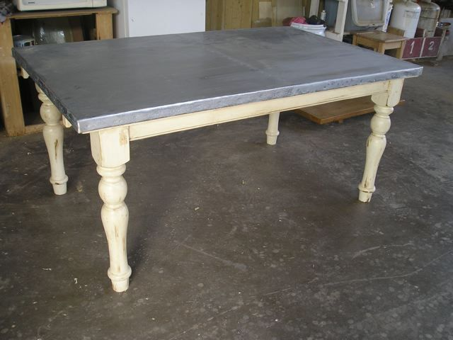 Zinc Counter Top Great Site For Diy I Need One Of These For My Back Porch Zinc Table Zinc Table Top Diy Dining
