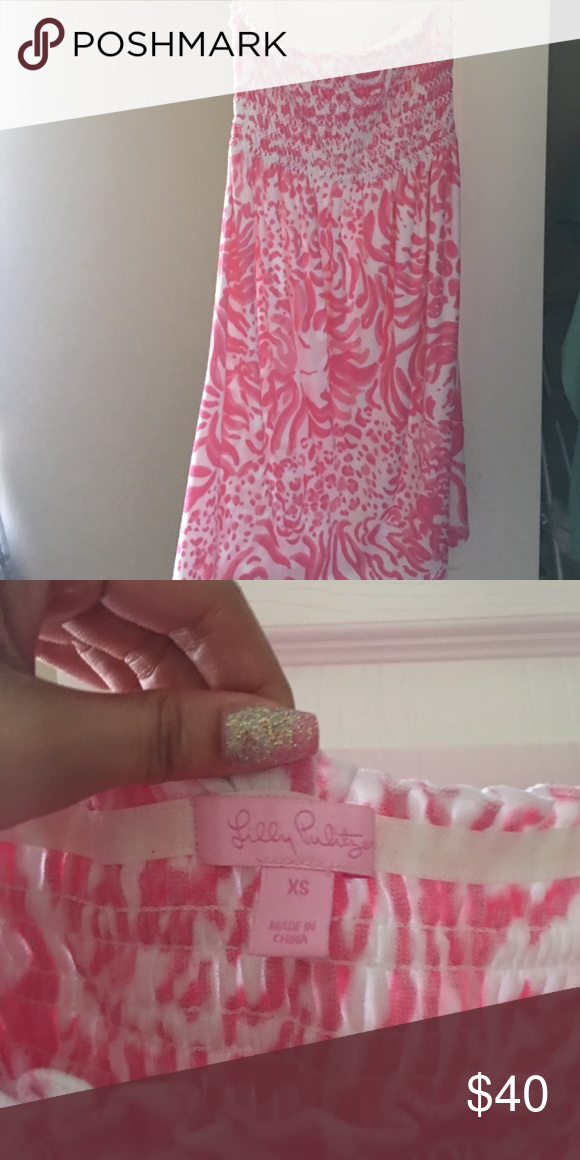 Lilly Pulitzer beach cover up dress Stretchy in the top, not too short (I'm 5'2) I've worn this once Lilly Pulitzer Dresses Strapless