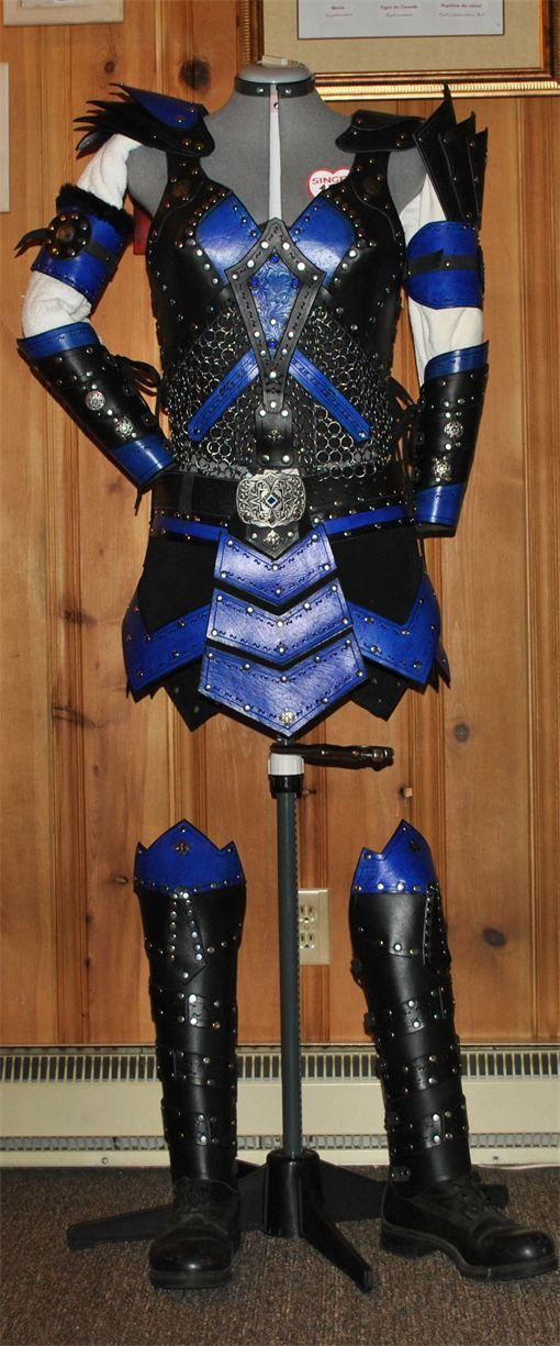 female leather armor black and blue