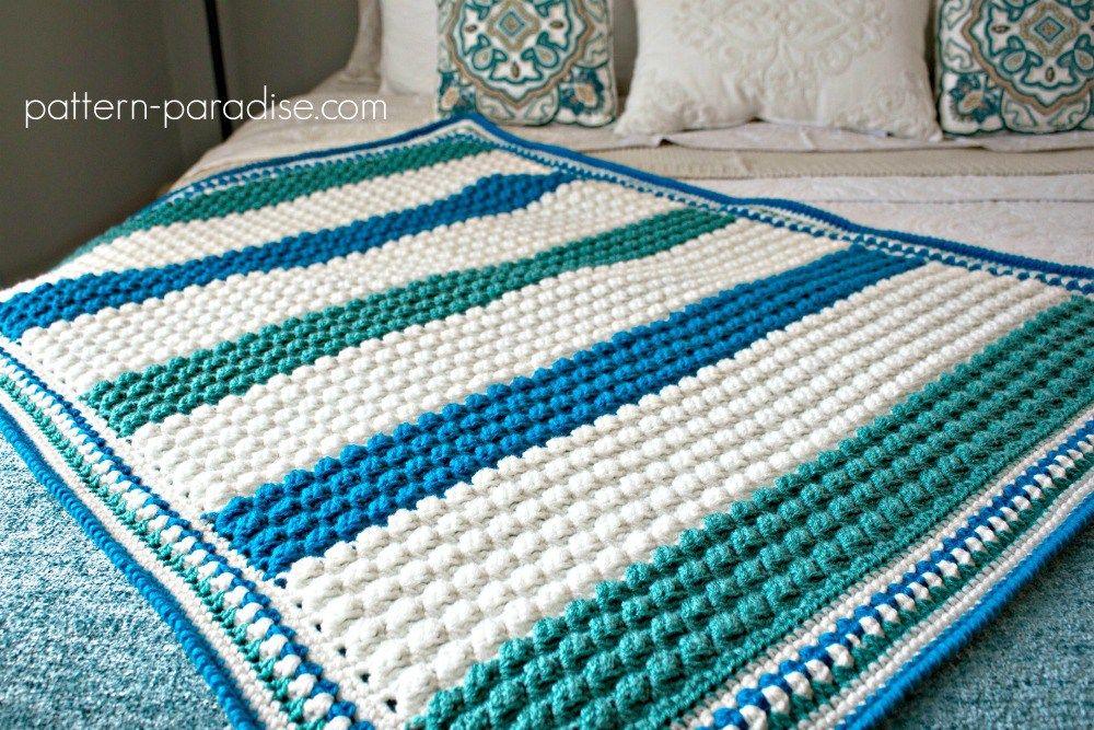 Free Crochet Pattern: Blue Hawaiian Baby Blanket   #CROCHET FREE ...