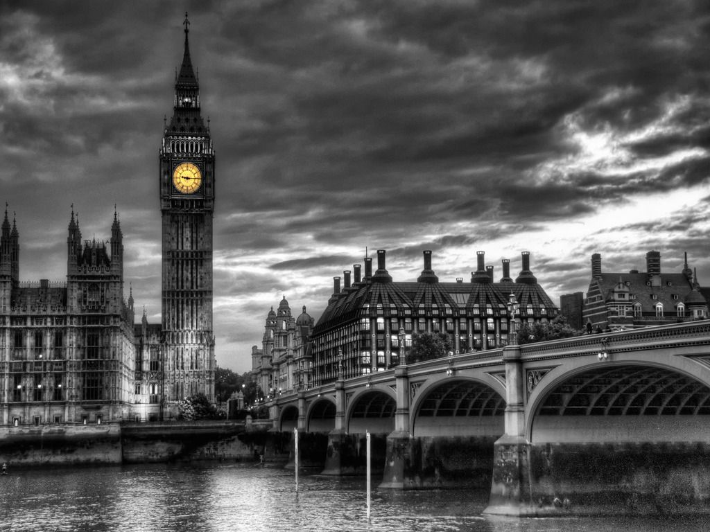Photograph of City Skyline 1 | Black and White London Photos |London Skyline Wallpaper Black White