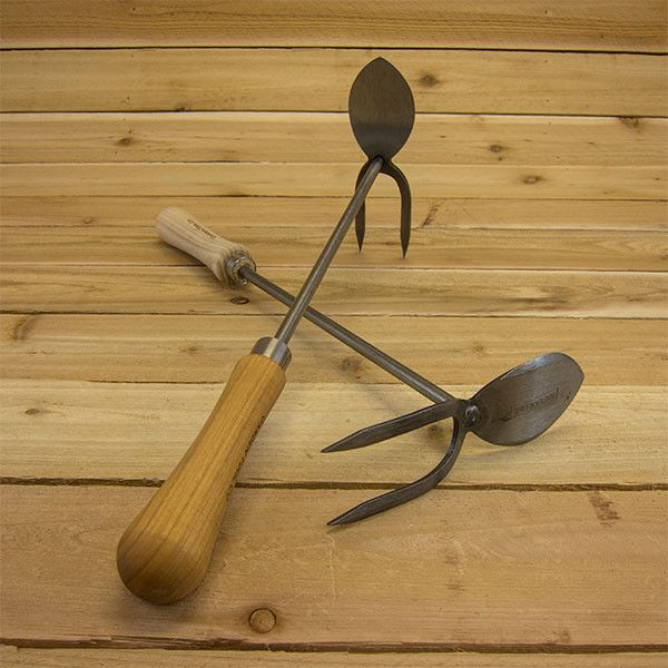 Hand Fork and Mattock by Sneeboer