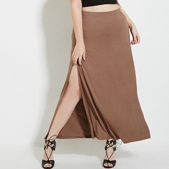 High-Slit Maxi Skirt Tan maxi skirt / knit stretch fabrication ...