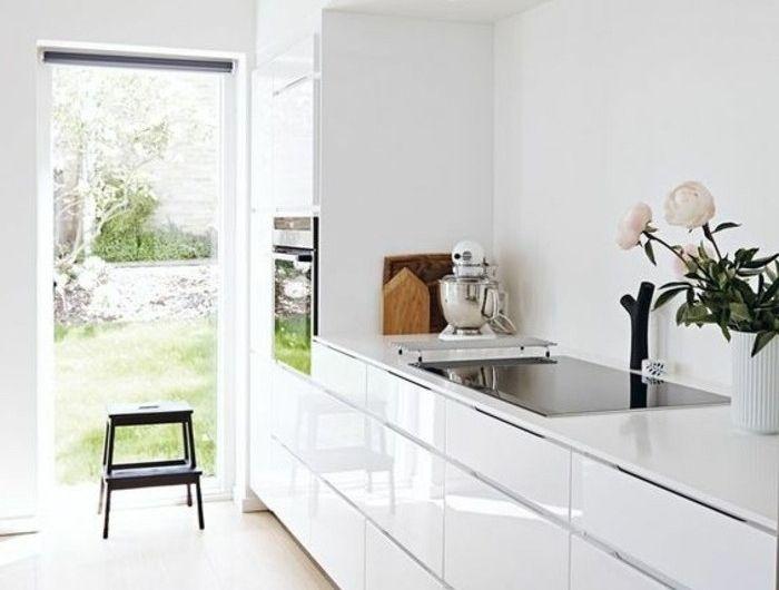 Couleur peinture cuisine - 66 idées fantastiques - cuisine blanc laque plan travail bois