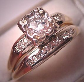 antique wedding ring love this this would be a gorgeous upgrade love - Antique Wedding Ring Sets