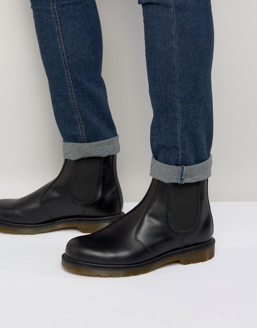 Dr Martens Vegan 2976 Chelsea Boots In Black Smooth Modesens Roupas Looks