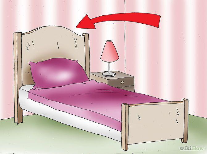 1) Consigue una buena cabecera. Las mejores desde el punto de vista del Feng Shui son las construidas en madera o las tapizadas, ya que serán una buena combinación de firmeza, comodidad y de apoyo para la energía tanto para ti como para tu dormitorio. Cuando uno duerme, el cuerpo ocupa mucha energía adicional para un proceso de recuperación integral.