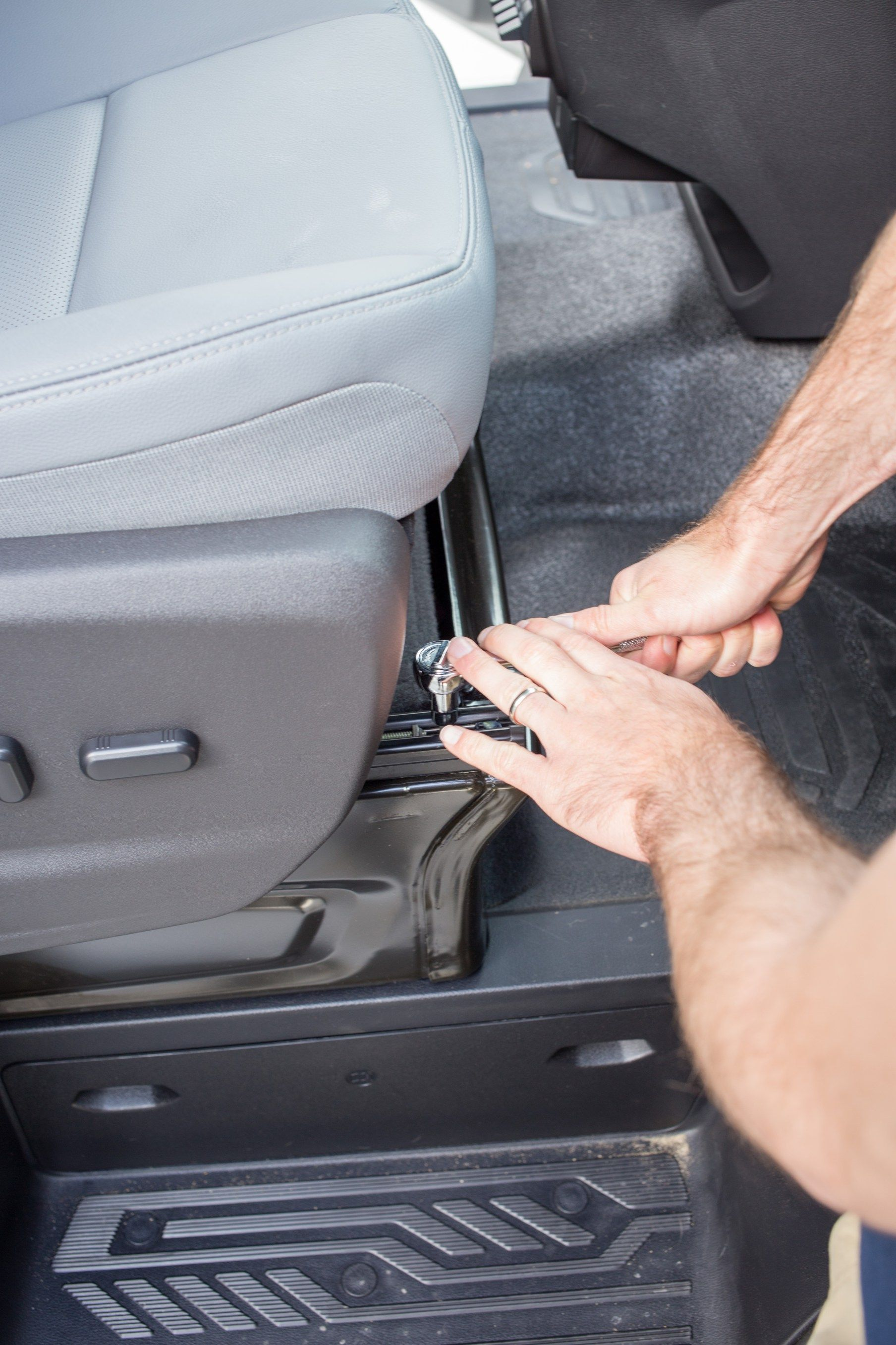 How To Install A Swivel Seat Adapter