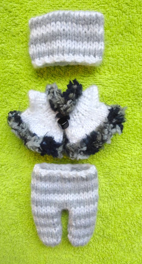 """Hand Knitted Dolls Clothes for 8""""  OOAK  Doll (# 35)"""