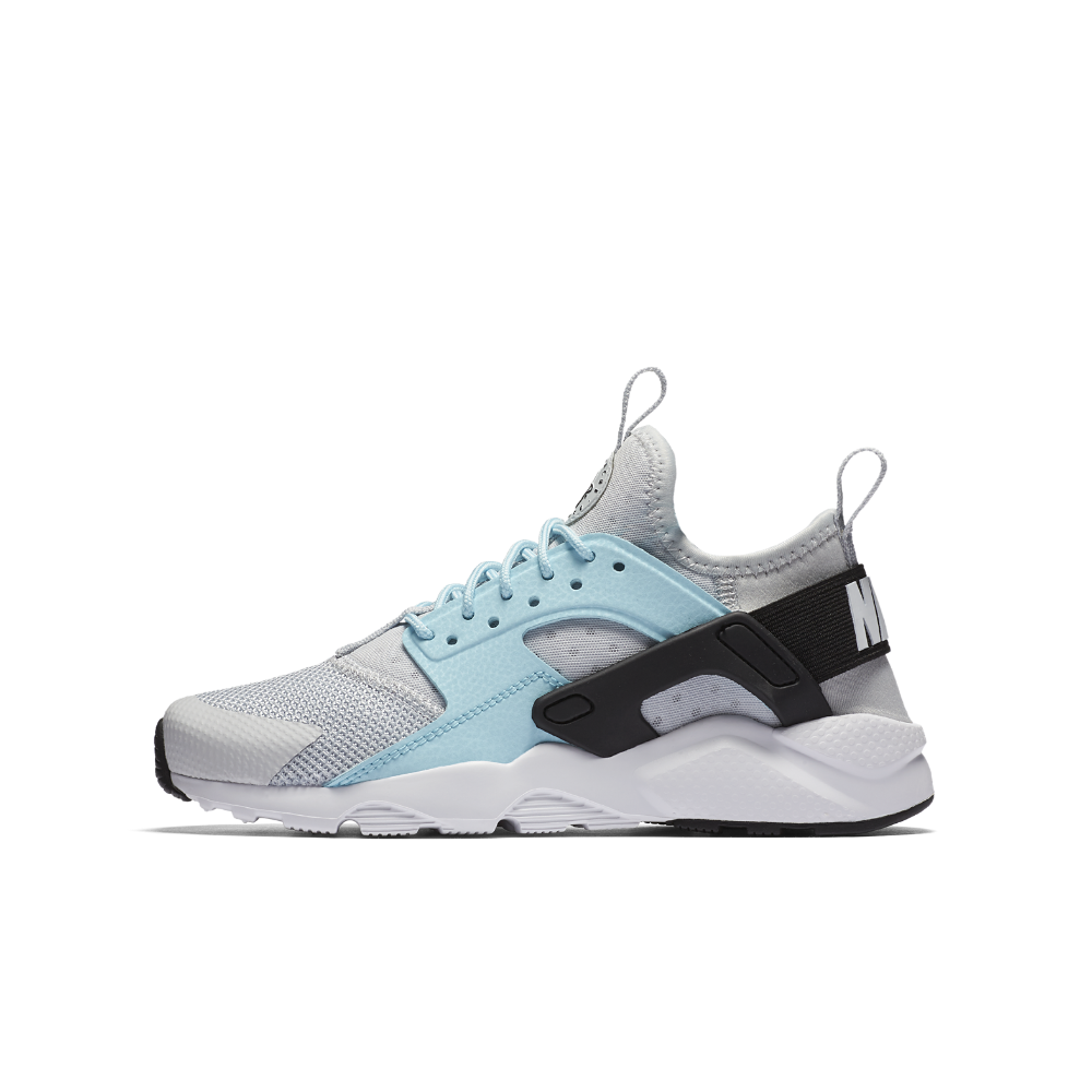 9faad50c0f0c Nike Air Huarache Ultra Big Kids  Shoe Size 6.5Y (Silver)