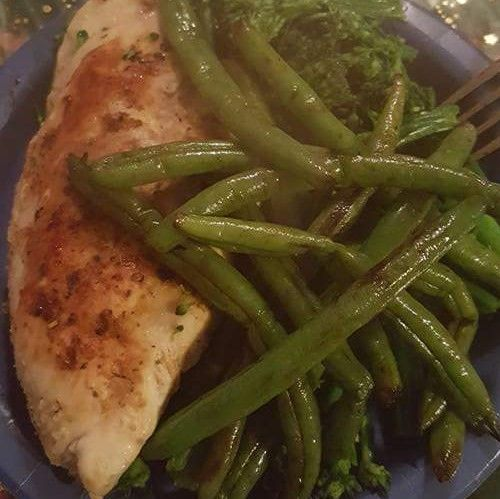 Grilled Chicken Breast With Green Beans And Broccoli Addictive