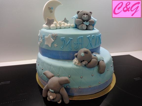 gâteau ourson bébé d'un an en pâte à sucre fondant cake: teddy