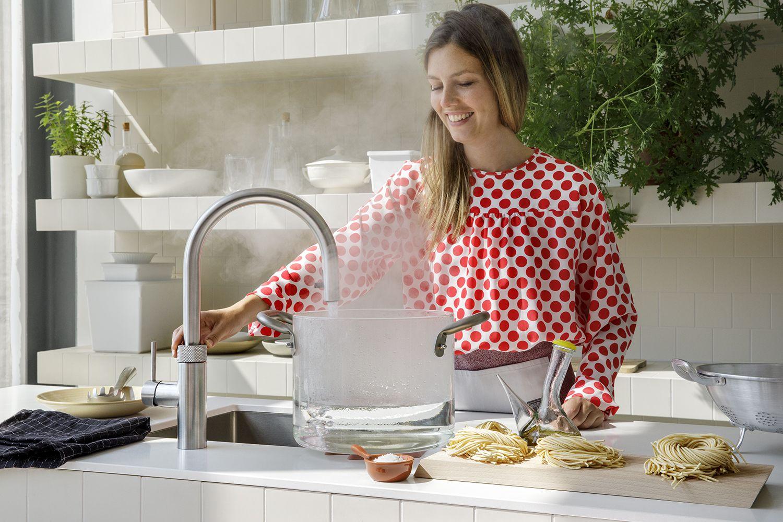 Quooker Mehr Als Nur Ein Wasserhahn Wasserhahn Kuche Wasserhahn Armaturen Kuche