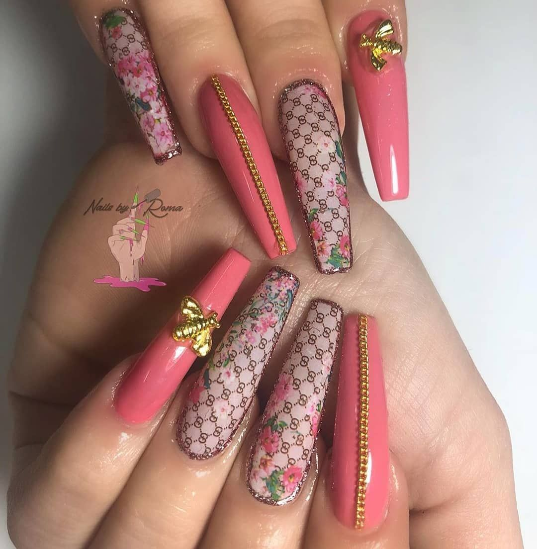 Stilettos Nails Are Somehow Resembling Almond Nail Shape But They Are A Lot Edgier Than That The Thing Is T In 2020 Long Nail Designs Pretty Acrylic Nails Gucci Nails
