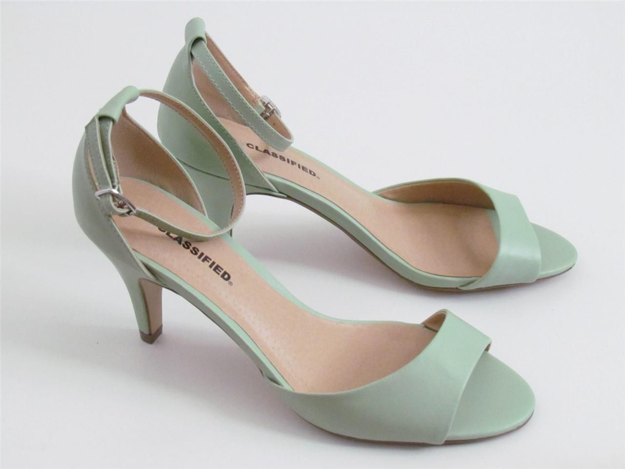 1000  images about wedding shoes on Pinterest | Flats, Kitten ...