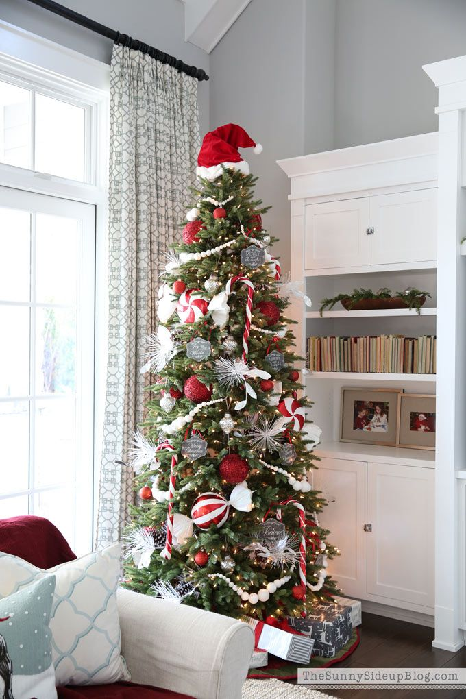 frosted christmas tree 12 bloggers with balsam hill christmas trees pinterest navidad. Black Bedroom Furniture Sets. Home Design Ideas