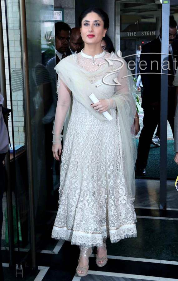 6a34daedc433d The royal beauty- Kareena Kapoor spotted very elegant in a white color  anarkali suit made up of semi transparent net. Her anarkali suit had same  color heavy ...
