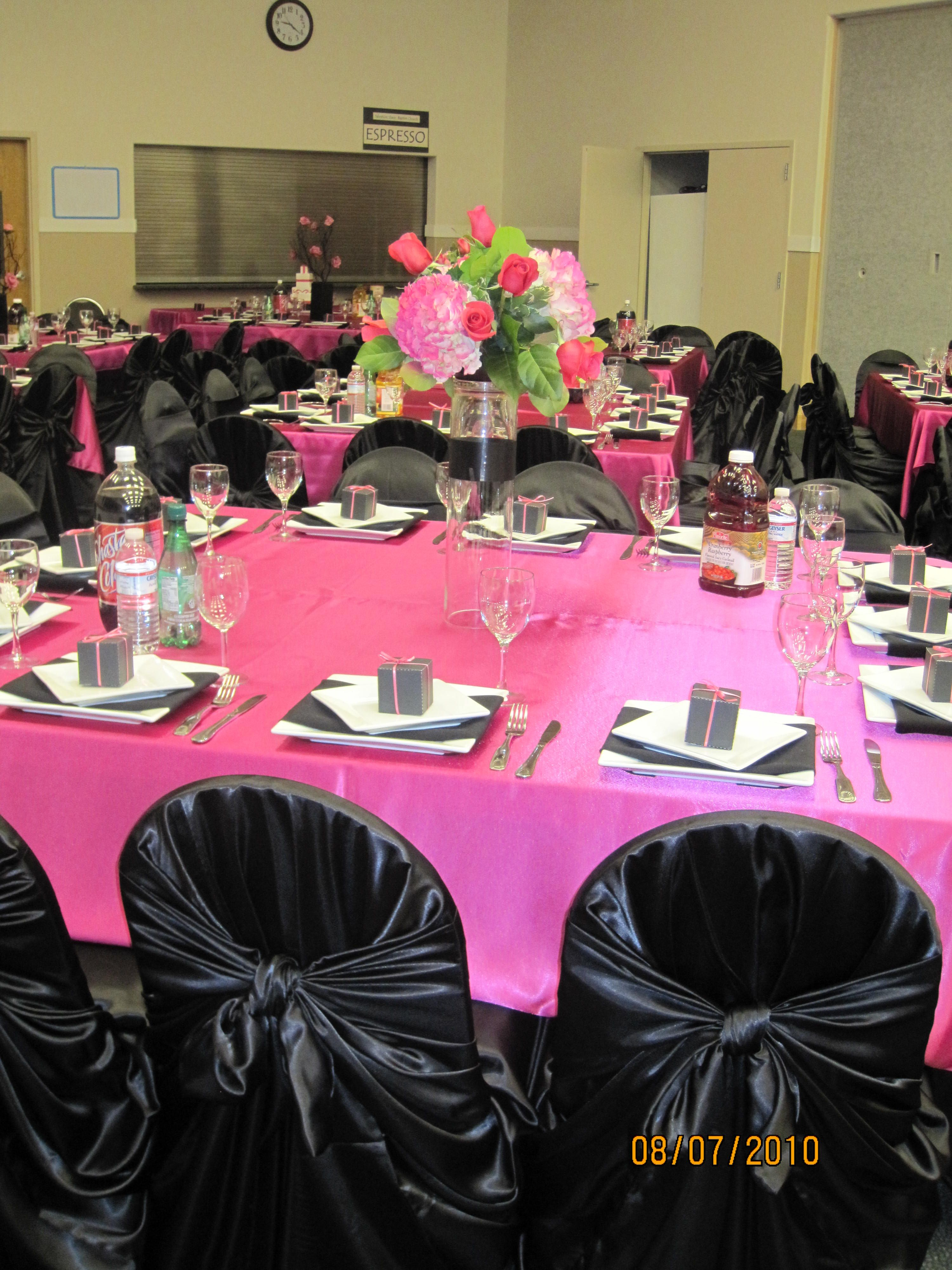 Chair Covers Pink How To Make Bean Bag Cover Black W Fusia Table Cloths Wedding Decorations