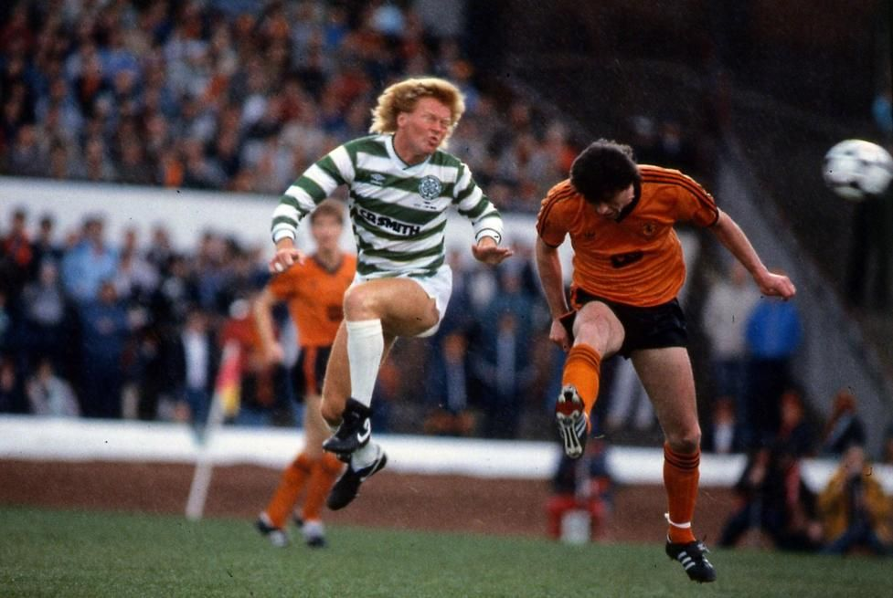 Celtic 2 Dundee Utd 1 in May 1985 at Hampden Park. Mo