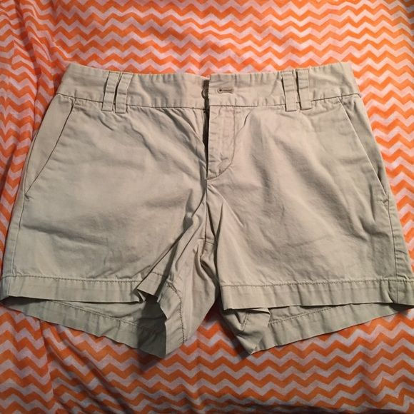 Ann Taylor Loft Khaki Shorts Size 2 Great versatile pair of Ann Taylor Loft Khaki shorts in size 2! These have been worn a handful of times before getting stuck back in the closet because of a size change. Perfect for spring break or the summer! LOFT Shorts