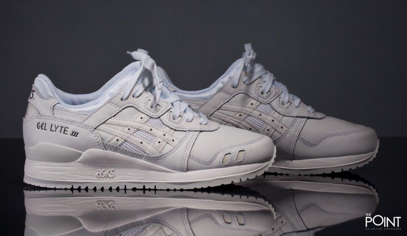 34f521075b31 ... zapatillas asics gel lyte iii blanco negro ya puedes compraronline en  nuestra tiendaonline de sneake