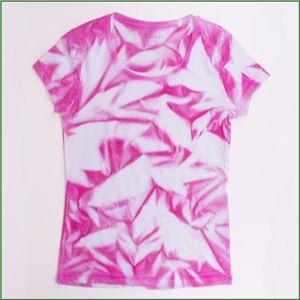 T Shirt Batiken Mit Textilspray Idea