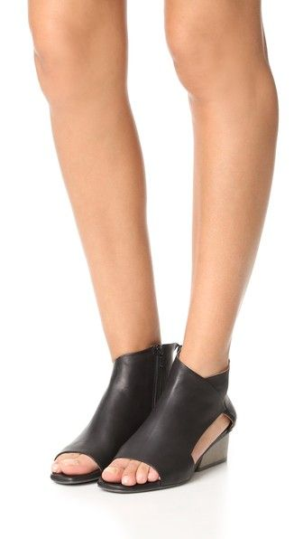Coclico Shoes Ozark Booties