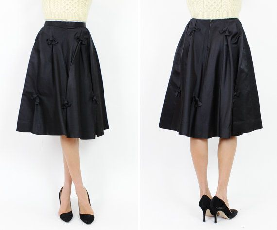 50s full skirt S black silk satin BOW skirt Sloat by OmniaVTG