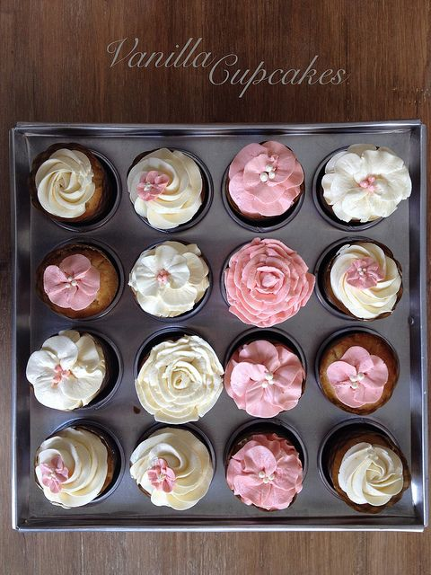 Quot Magnolia Bakery Vanilla Cupcakes Quot Can You Imagine Finding