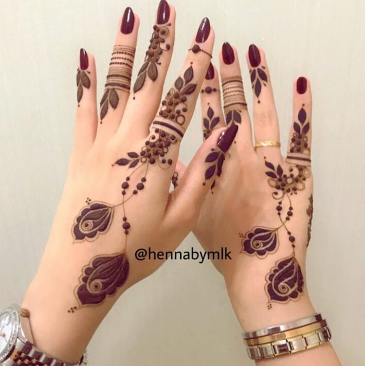 2 037 Likes 8 Comments Beauty Mazarin Design On Instagram حناء حنايات الحناء رسم نقش فن موضه دي Mehndi Designs For Fingers Foot Henna Finger Henna